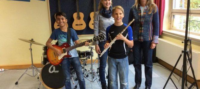 Neue Musikinstrumente vom Elternbeirat